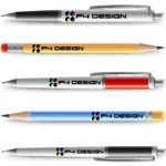 Stylos et crayons avec le logo F4 Design
