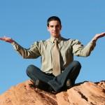 Travailleur indépendant en méditation
